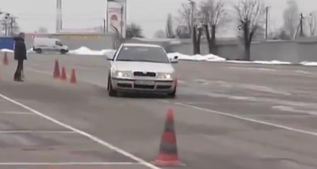 уроки вождения по контраварийной подготовке
