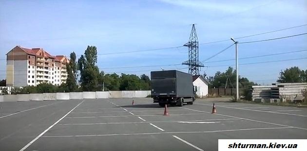 уроки вождения грузовика